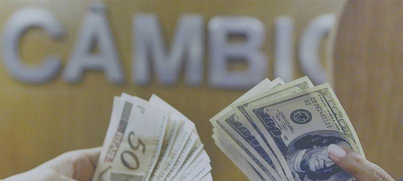 Dólar caro acirra briga de empresas de milhagem por pontos no cartão de crédito