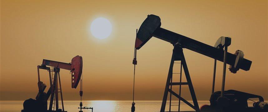 Нефть опустилась ниже $64 на беспокойстве о Греции