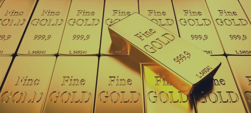 Золото дешевеет на ожиданиях решения греческого вопроса