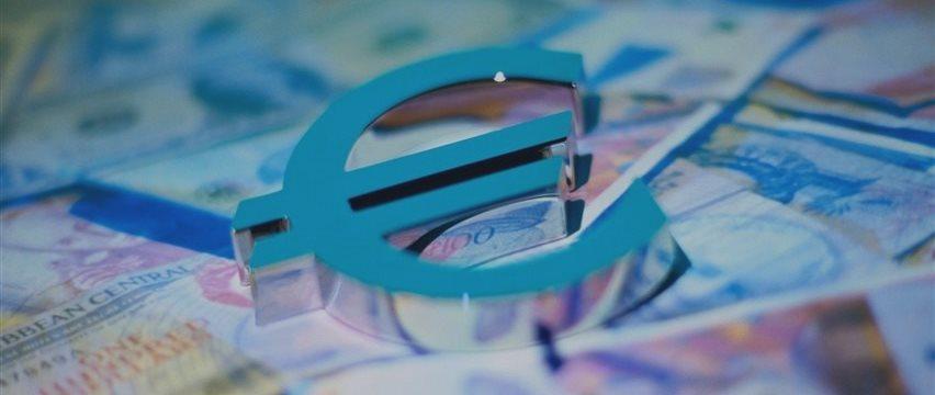 Евро растет сегодня на репортажах о новых греческих предложениях