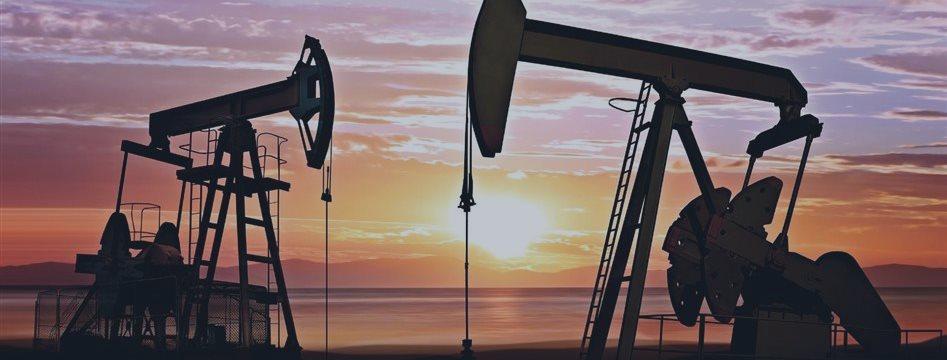 Нефть колеблется на американских отчетах и в ожидании греческого соглашения