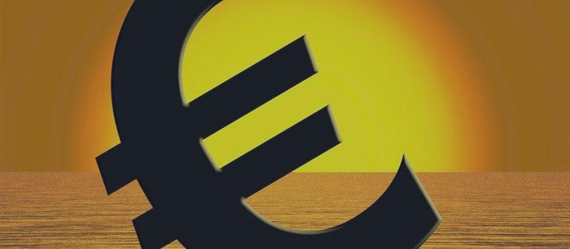 希腊崩盘在即 欧元隐含波动率飙至08年来最高