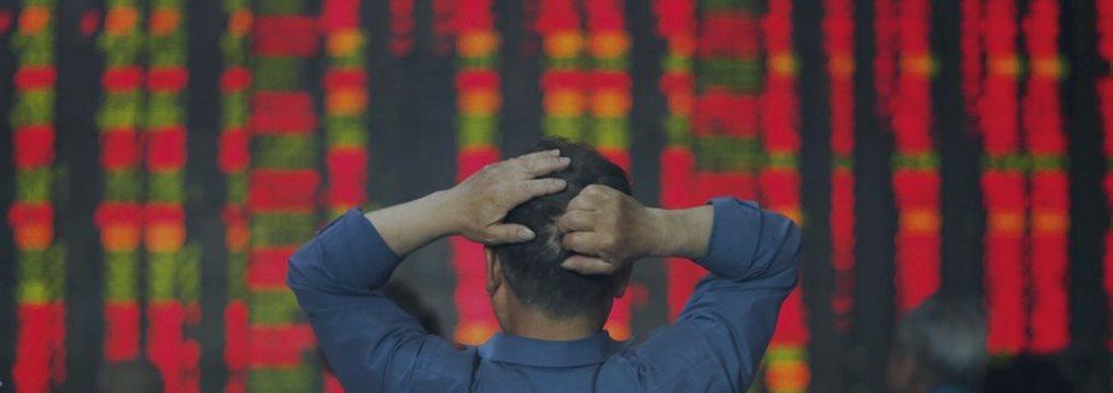 Правительство Китая тщетно пытается остановить панику на фондовом рынке