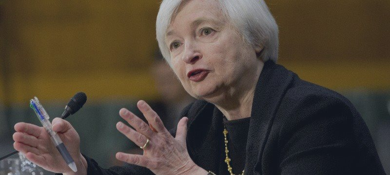 Yellen Maintains Outlook for First Rate Increase in 2015