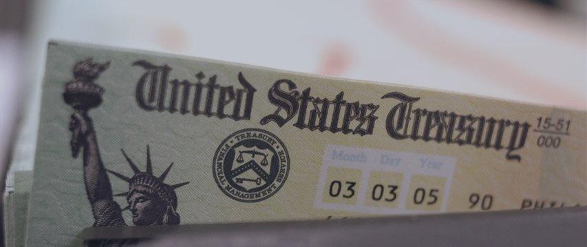 U.S. Treasury yields drop on weak data