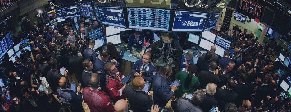 Wall Street sigue en máximo de 3 semanas; BMV, con caída moderada