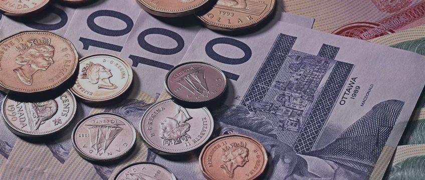 英央行鹰派倾向提振英镑 美房市美好未来推高美元