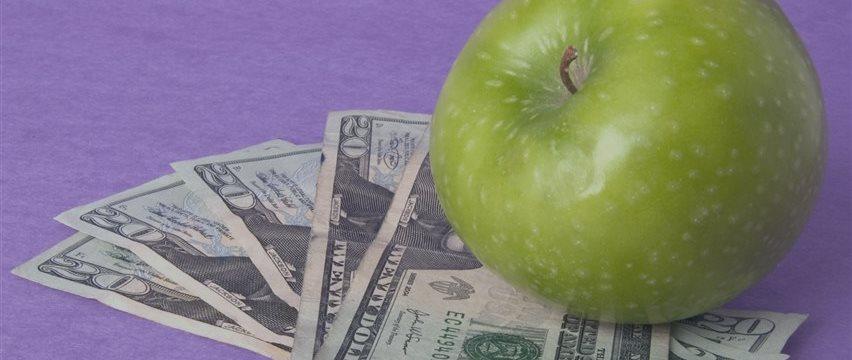 У Apple есть $203 млрд, но она их не тратит. Для чего ей столько?