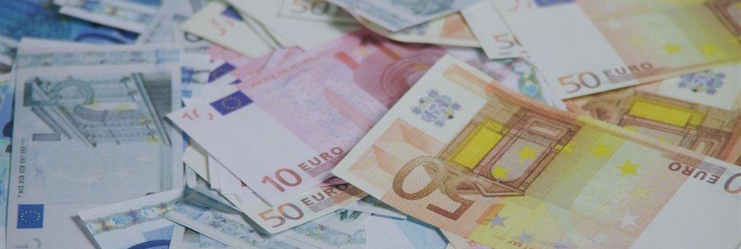 Корпоративные новости приободрили Европу ближе к закрытию торгов во вторник