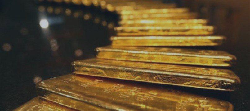 El Banco Central de Rusia aumenta en 800.000 onzas sus reservas de oro en junio 2015