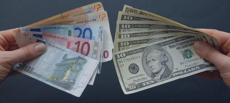小摩罕见警告欧元破位在即 晚间ADP驾到美元磨刀霍霍