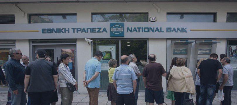 BCE mantém teto de liquidez de emergência para bancos gregos