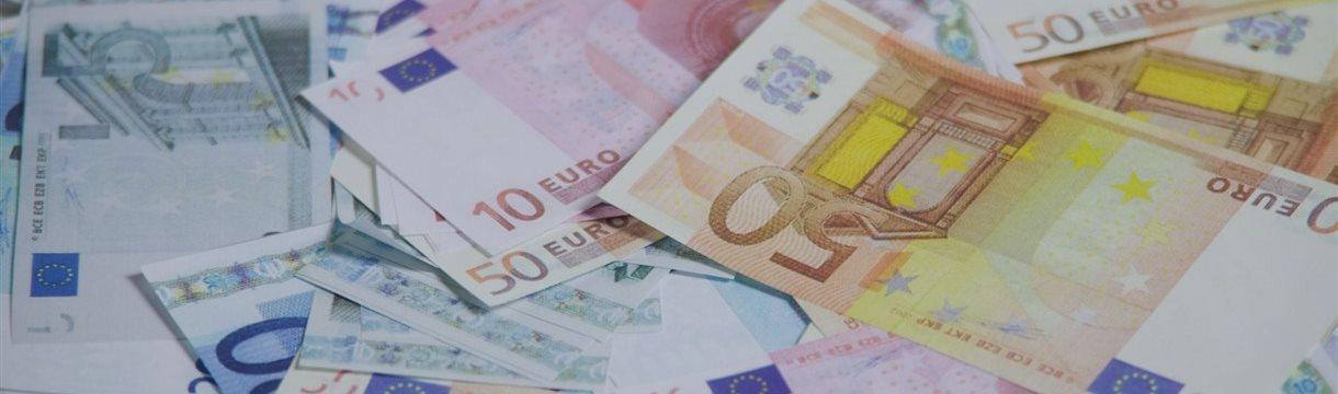 Фондовые рынки Европы закрылись в пятницу в красной зоне
