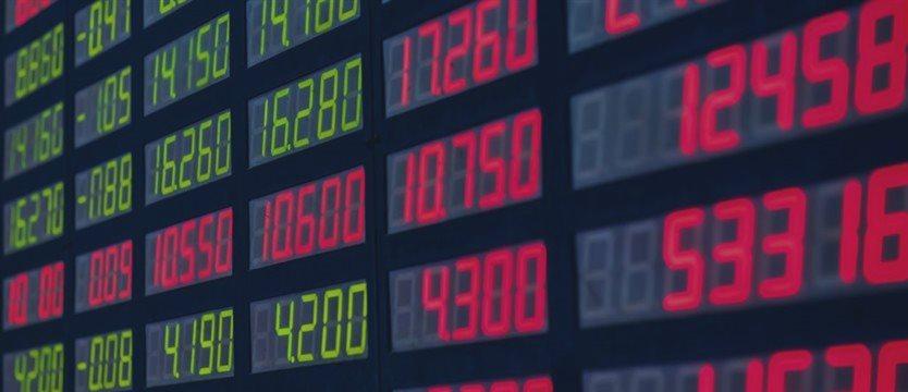 China sobe com expectativas de estímulos após dados fracos; Europa sobe antes de acordo
