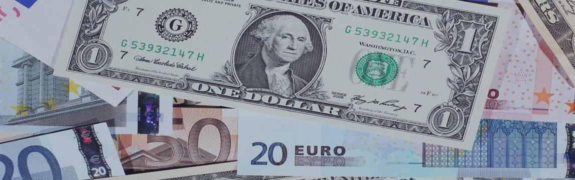 Евро и иена растут к доллару, товарные валюты снижаются