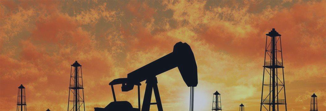 Нефть дорожает в четверг на американской статистике