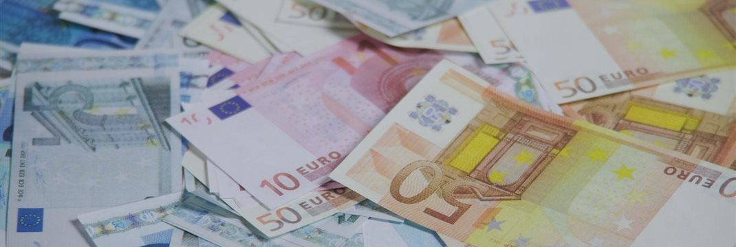 Фондовые рынки Европы закрылись в зеленой зоне, отыграв недельное падение