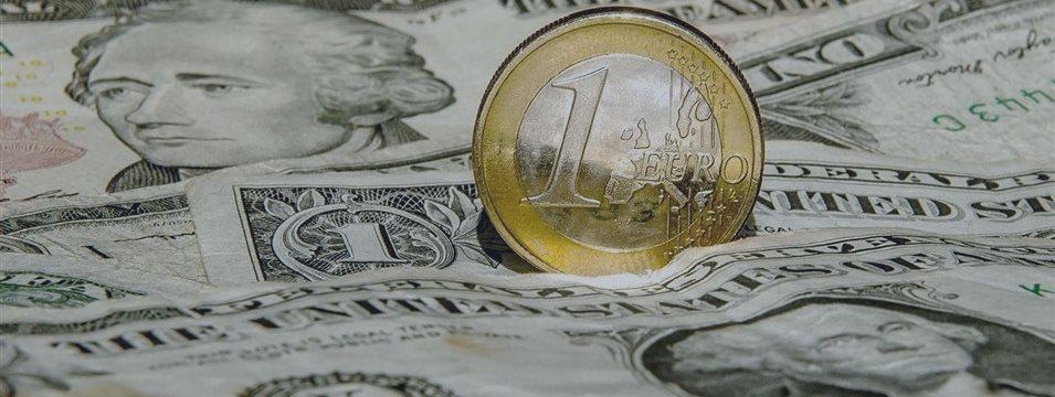 Análise de Velas Japonesas dos pares EUR/USD e USD/JPY em 07/09/2015