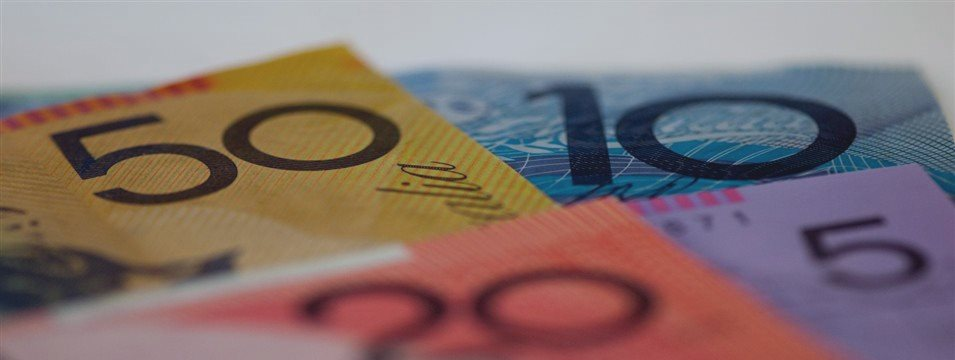 Aussie, kiwi slip lower ahead of FOMC decision