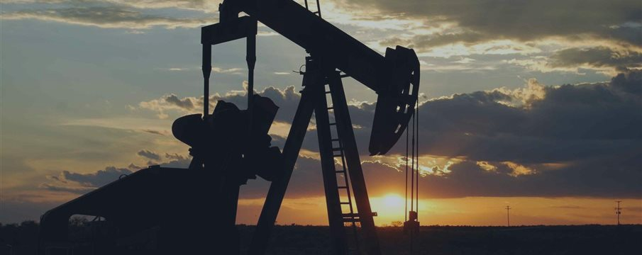 油价下跌,受经济疑虑和OPEC仍重视市场份额影响