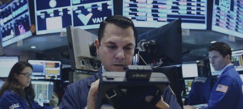 Wall Street em alta pela primeira vez em três sessões