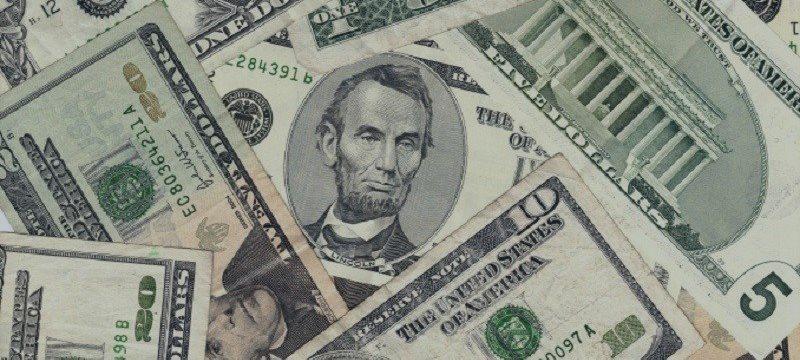 El Dólar Se Recupera Mientras Los Inversores Restan Importancia A La Declaración De La Fed
