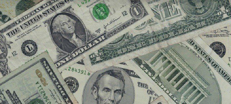 Dólar norte-americano se Recupera com Declaração em Dovish do Fed