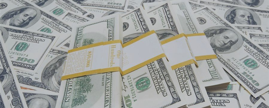Доллар падает в паре с евро и иеной