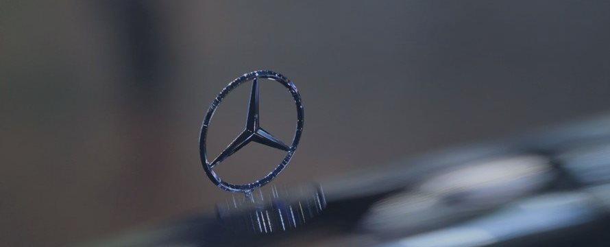 Mercedes-Benz regista o melhor trimestre de vendas da história