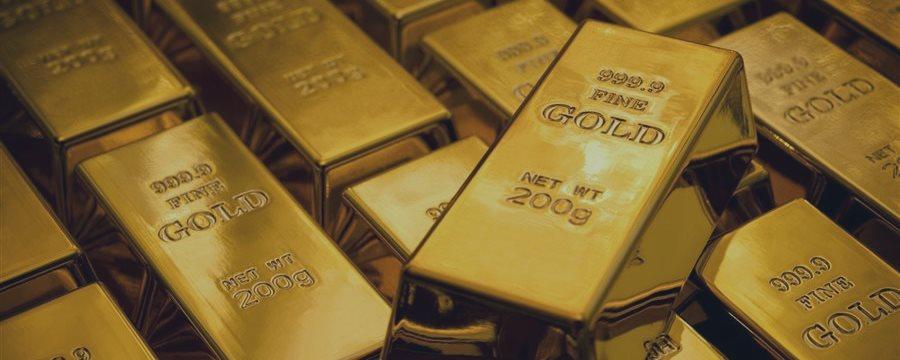 Золото растет на ожиданиях того, что ФРС отложит рост ставки