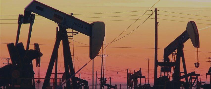 Нефть продолжает дорожать: 3 причины