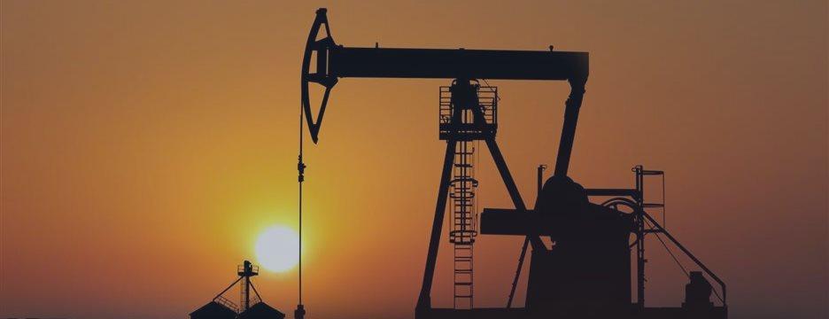 Цены на нефть растут на снижении количества буровых установок