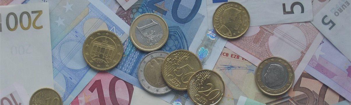 テクニカル分析と2 015年10月15日のEUR / USD為替予想