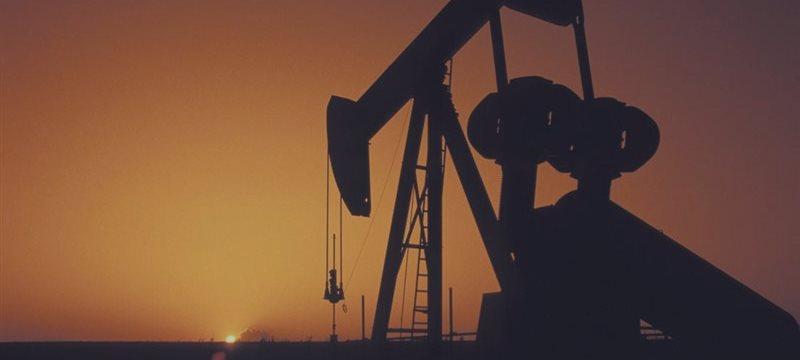 Иран призывает ОПЕК урезать объемы добычи, чтобы поднять цены до $70-80