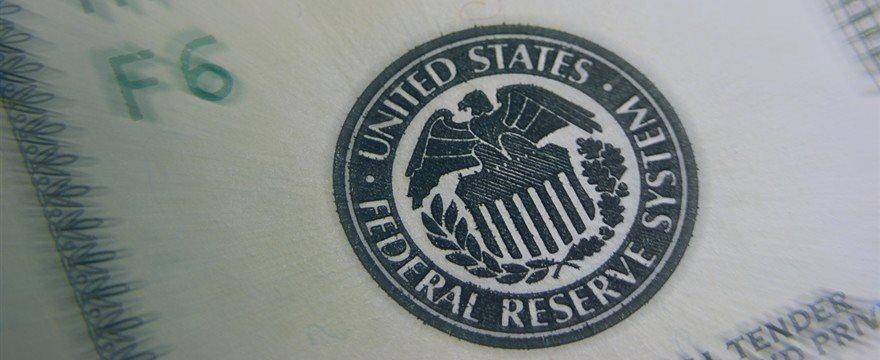 【亚洲汇市】美元略升逼近2个半月高点 美联储决议前市场情绪谨慎