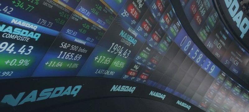 Фондовая Америка незначительно падает в начале торгов пятницы