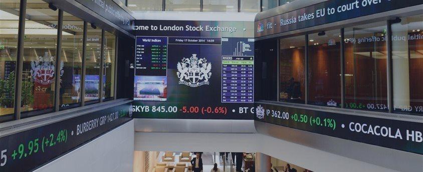 ロンドン外為9時半 円は121円台後半、対ドルで小幅続落