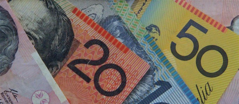 Aussie rises after RBA policy statement; Euro dips after Germany data