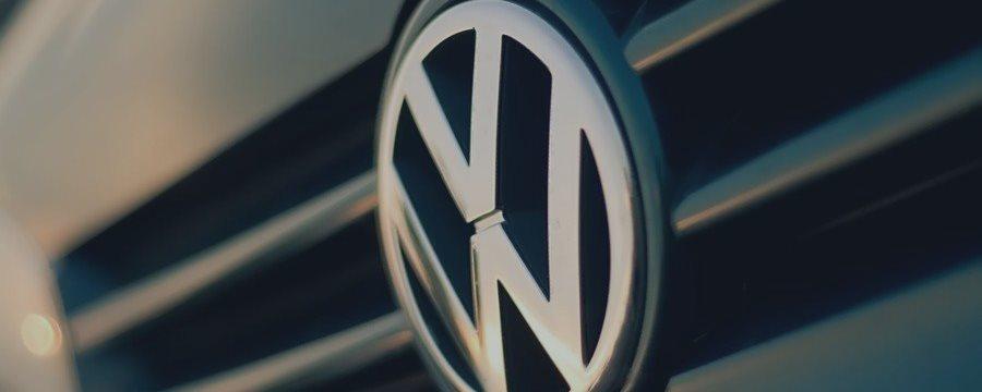 ドイツ運輸省は言った外国企業のエコディーゼル車を保持する上でのテスト