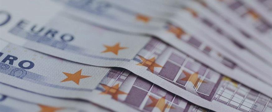 """铁娘子也有""""犯晕""""时 默克尔恐成压垮欧元的最后稻草"""