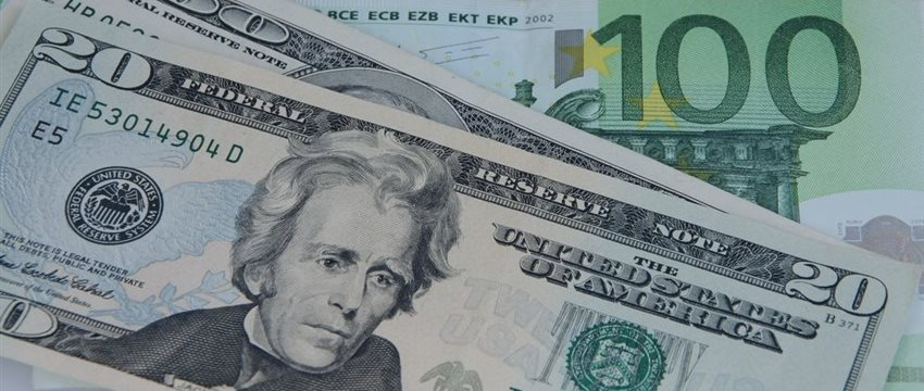 NY外為:ドル上昇、対ユーロ6カ月ぶり高値-金利市場が後押し