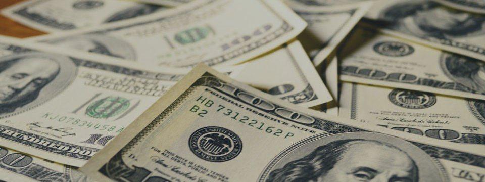 Gobierno suizo adopta nuevas leyes contra lavado de dinero