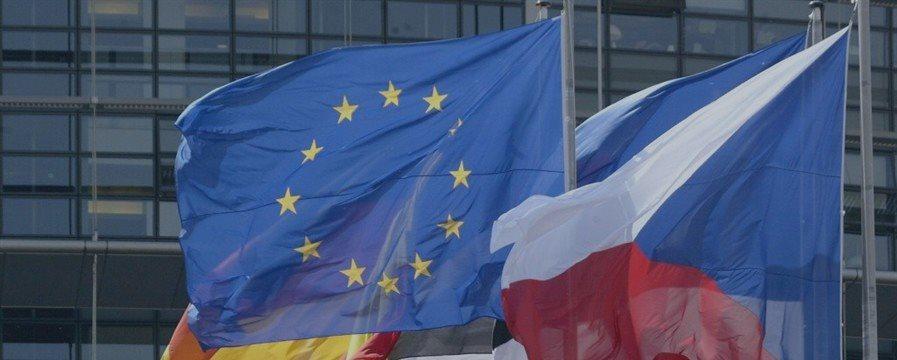 Zona do euro cresce 0,3% no 3º tri, abaixo do esperado