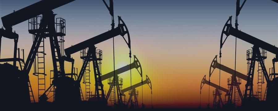 Нефть остается под давлением: глобальный переизбыток сильнее сирийской войны