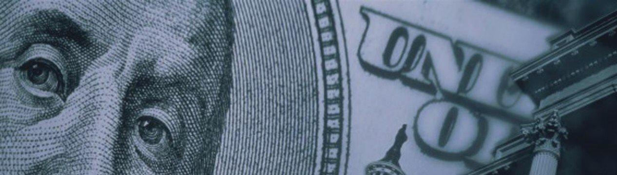 Доллар снова окреп, евро удерживается у апрельских минимумов