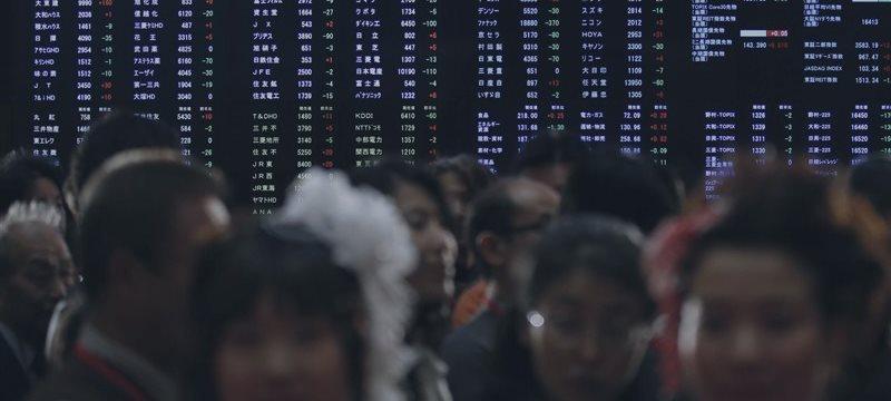 日本株2万円目前、輸出や建設広く高い-米統計好感、政策期待感も