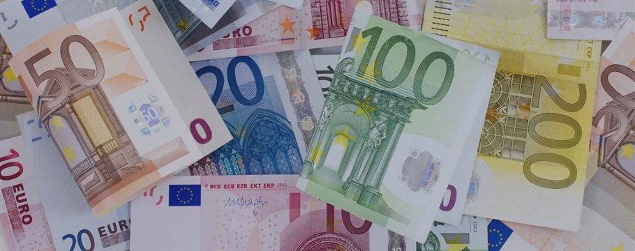 Финляндия собирается платить гражданам по 800 евро в месяц, но отменит соцльготы