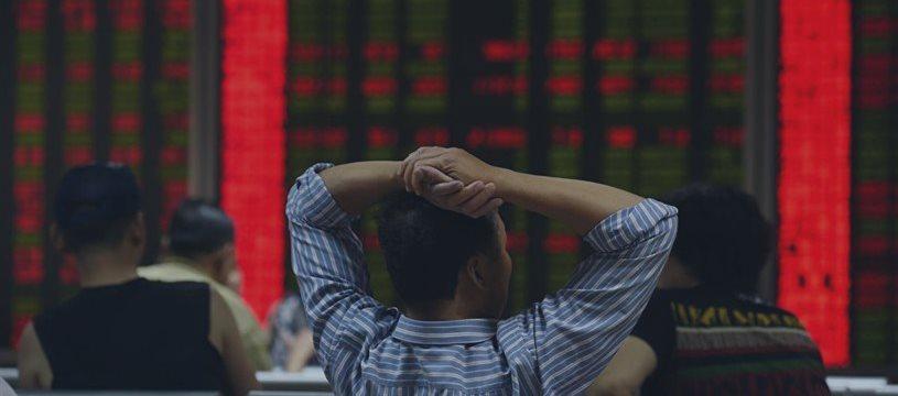 Bolsa de Xangai tem baixa de 0,07%; Tóquio cai 0,98%