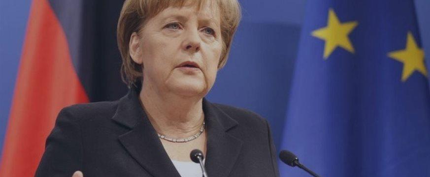 Меркель поддержала необходимость продления антироссийских санкций