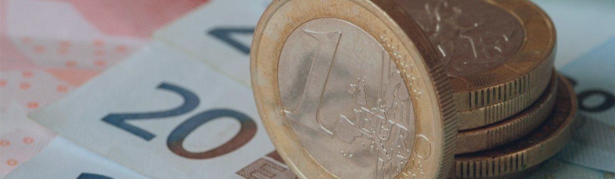 EUR/USD и флаг в руках!